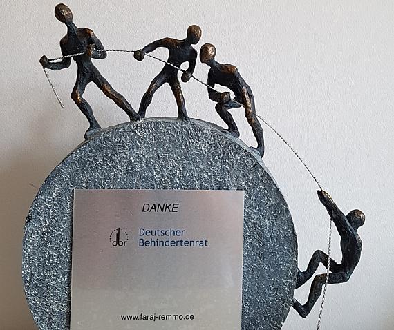 Das Bild zeigt die Skulptur