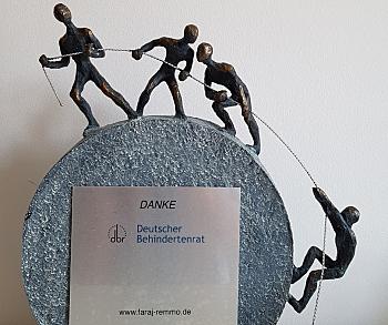 Danke-Skulptur von Dr. Faraj Remmo