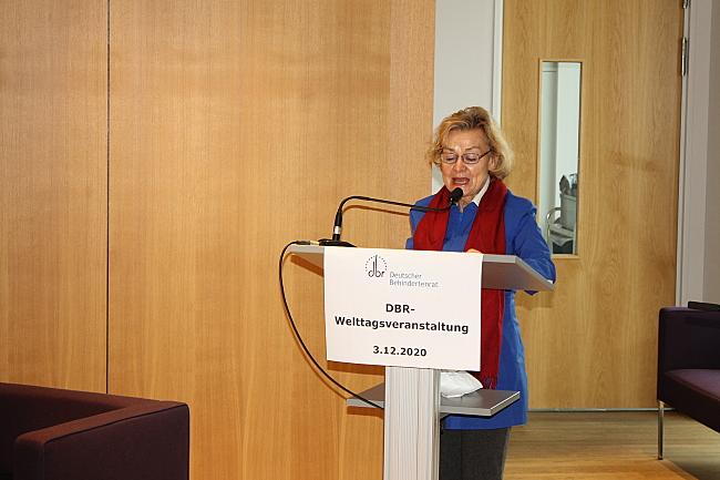 Ursula Engelen-Kefer am Rednerpult