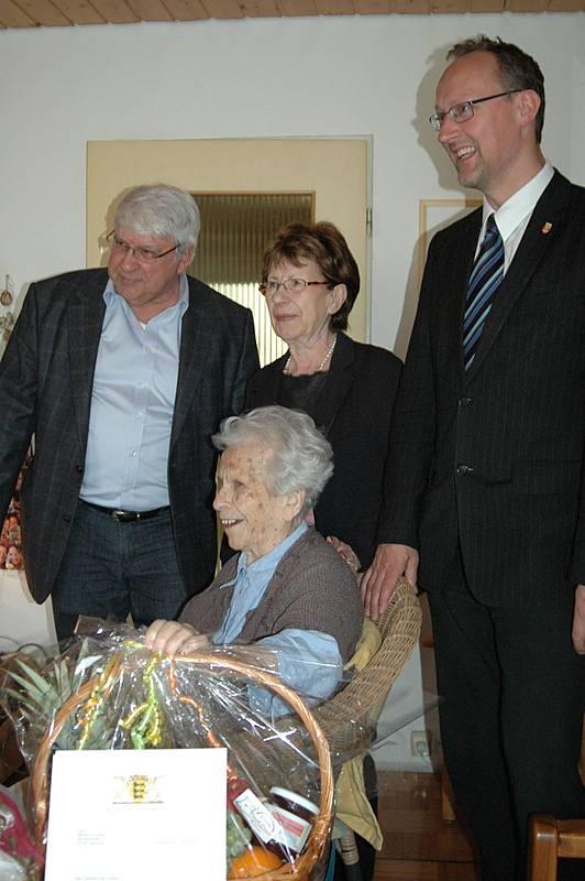 Stuttgarter Mitglied Marianne Erhardt Stolze 105